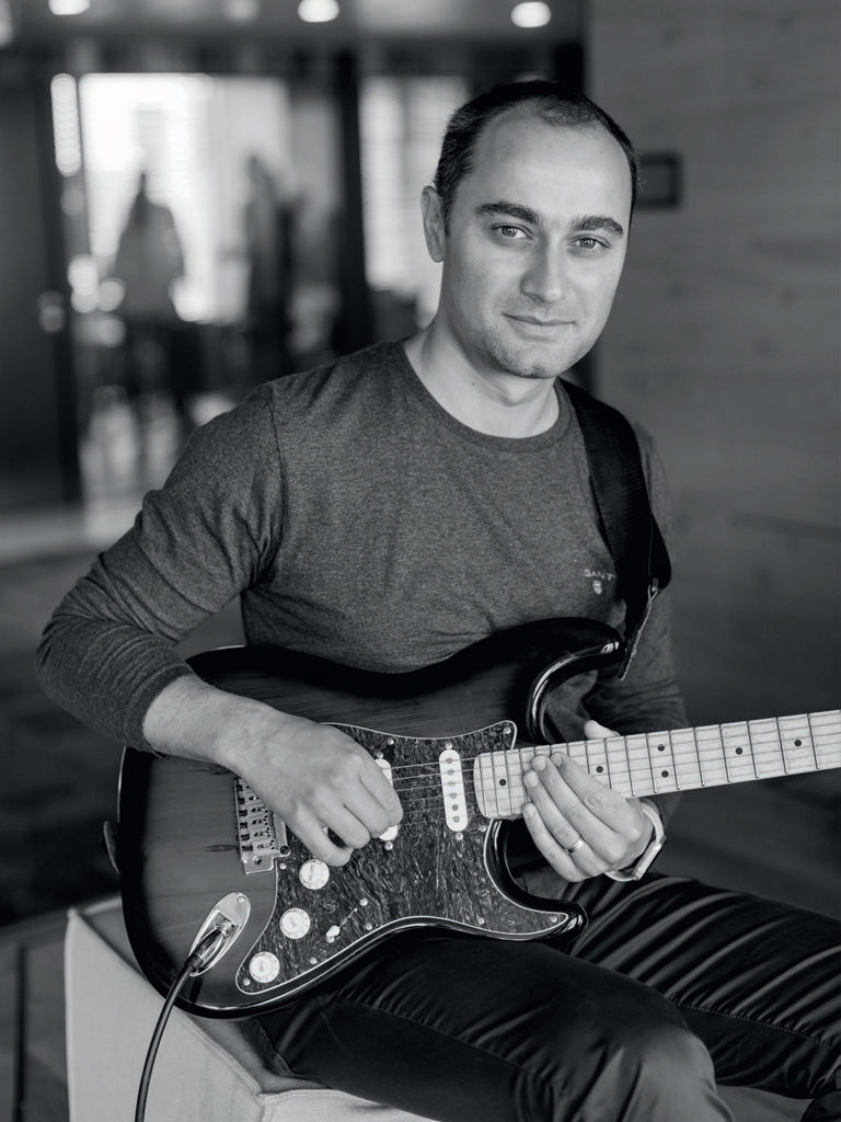 Michal Štencl guitar