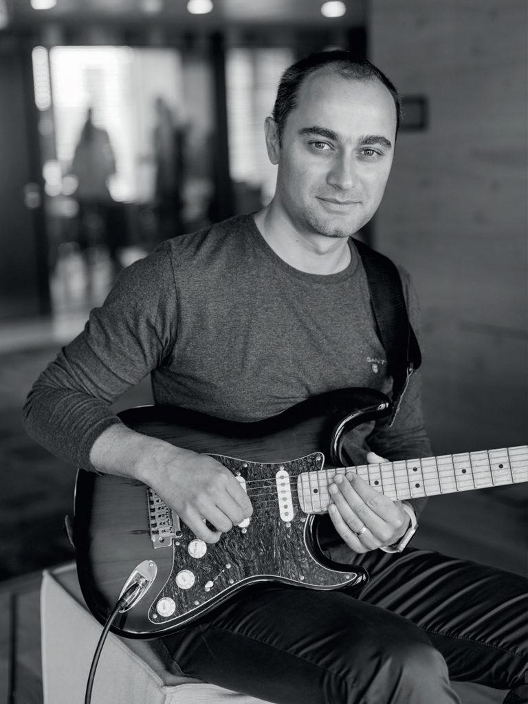 Michal Štencl guitar
